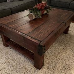 Homemade Coffee Tables, Diy Coffee Table, Coffee Table Design, Decorating Coffee Tables, Plywood Furniture, Rustic Furniture, Furniture Design, Outdoor Furniture, Rustic Wooden Coffee Table