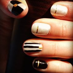 Black white and gold nailart