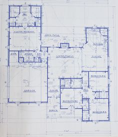 ranch home plan; would want another Bathrm on kitchen side, but I like this
