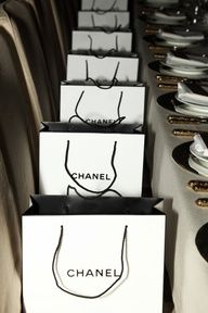 My kind of dinner party! #Chanel#Giftbag