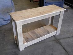 Hallway Pallet Table Pallet Desks & Pallet Tables