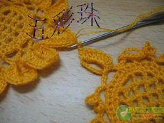 Simplesmente Artesanato: Bolsinha com Girassois em crochê-pap em gráfico
