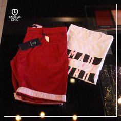 Dica de combinação Camisa Estampada #Ellus mais Bermuda #Individual.  #RadicalChic #ModaMasculina #AquiTem