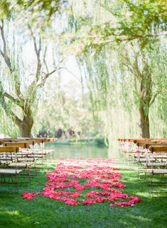 Pink petal covered aisle: http://www.stylemepretty.com/2016/03/23/a-pink-purple-wedding-set-in-napa-valley/ | Photography: KT Merry - http://www.ktmerry.com/