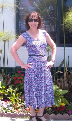 Here's another one of my muses, Gretchen.  She has a perfect shape so she is so easy to fit, lol. This was M5890, a Nancy Zieman pattern.  Super slinky fabric from Vogue Fabrics on-line store.