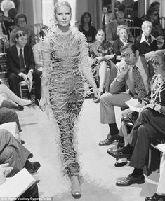 High fashion: In the Seventies, the outfits were as outlandish as they are now (pictured: July 1973 Karl Lagerfield for Chanel show), but the crowd was considerably smaller I Love Fashion, Timeless Fashion, High Fashion, Fashion Show, Paris Fashion, Karl Lagerfeld, Evolution, Fall Winter, Chanel Paris