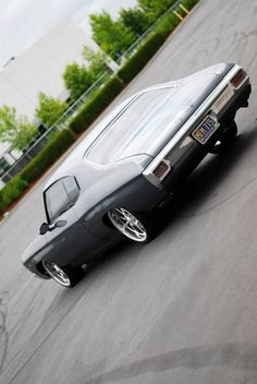 """70 Chevrolet Chevelle grey muscle car. 496ci BB Chevy paddle shifters 18"""" front and 20"""" rear Budnik gasser Wheels Nexus gauges - Billet Vents - Custom Fiberglass interior console dash pro touring"""