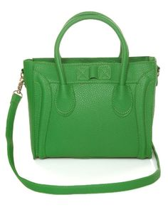 For some women, purchasing an authentic designer bag is not something to hurry straight into. As these bags can certainly be so high priced, most women generally agonize over their selections before making an actual bag acquisition. Handbags Online, Handbags On Sale, Purses And Handbags, Green Handbag, Green Purse, Best Purses, Cute Purses, Bags Online Shopping, Shopping Bag