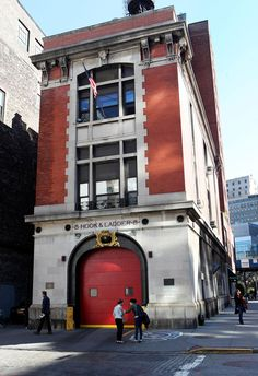 """Ward said """"yes"""" in response to Baugh's romantic proposal at the """"Ghostbusters"""" firehouse in Manhattan."""