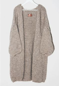 Knit inspiraton. Cosy and Calm. Oversized alpaca wool sweater or coat.