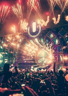 been to Ultra Music Festival. So dying to go to this festival! Dance Music, Edm Music, Festival Miami, Edm Festival, Festival Lights, Raves, Lollapalooza, Tomorrowland Festival, Coachella