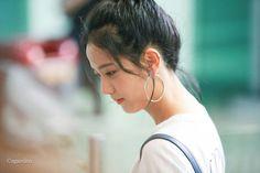 Kimpho airport,going to Japan Golden Princess, My Princess, South Korean Girls, Korean Girl Groups, Ji Soo, Blackpink Jisoo, Blackpink Jennie, Park Chaeyoung, Female Singers