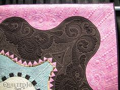 Lisa Calle is an amazing quilter and an even more amazing person.