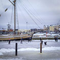 Ice Hockey at the Sea - Helsinki, Finland - null