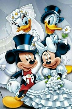 wedding beauty couple Double wedding of Mickey Mouse and Minnie Mouse, Donald Duck and Daisy Duck. Mickey Mouse Pictures, Mickey Mouse And Friends, Retro Disney, Disney Fun, Disney Cartoon Characters, Disney Cartoons, Mickey Mouse Wallpaper, Disney Wallpaper, Disney Images