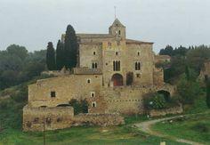 Castillo de S.  XI y otros edificios en Ottawa, Girona