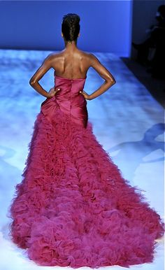 Christian Siriano. Pink feather gown.