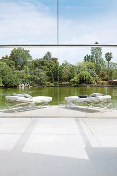 SIFAS in-outdoor living furniture : Collection OSKAR Aluminium anodisé