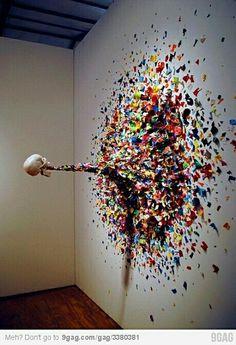 Arte moderno. 14. No todas las obras de arte representan o imitan experiencias.