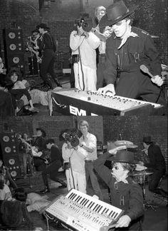 !!!  DEVO, 1978