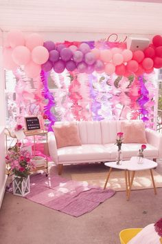 Ombré balloon garland by La Jolie Fête for L.A. Mamacitas 'Mamas & Mimosas' 2018 event