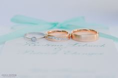 beautiful #weddingrings on a #weddinginvitation. so lovely color. # ...