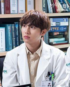 Ji Song, All Korean Drama, Romantic Doctor, Handsome Korean Actors, Doctor Johns, Medical Drama, Rare Words, Japanese Drama, Taeyong