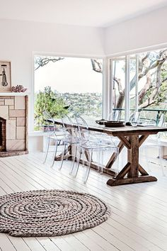 wood farm table + lucite chairs - Model Home Interior Design Home Interior, Modern Interior Design, Interior Design Inspiration, Home Design, Design Ideas, Design Trends, Floor Design, Lucite Chairs, Dream Homes