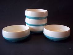 5 Insulated Plastic Thermal Bowls Vintage 1960's Retro