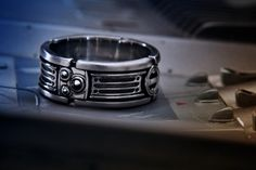 Light saber Wedding ring... ...for christening the geekly digits of a true Star Wars Fan Boy or Girl.