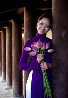 Asia Travel Advisor is a vietnam tour specialist, we offer private tour packages, specialize in customizing and tailor-making tours at affordable prices Vietnamese Traditional Dress, Vietnamese Dress, Traditional Dresses, Asian New Year, Beautiful Vietnam, Ao Dai Vietnam, Asian Style, High Collar, Pure Products