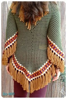 Acessórios feitas à mão. Artesanato. Crochet Tunic, Crochet Jacket, Thread Crochet, Crochet Yarn, Crochet Clothes, Crochet Stitches, Free Crochet, Knit Crochet, Crochet Patterns