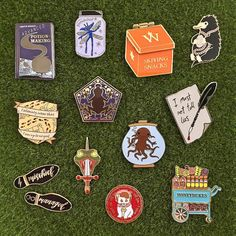 "8,548 mentions J'aime, 16 commentaires - Harry Potter ⚯͛ (@hpfashion934) sur Instagram : """"My Dear, You Have The Grim!"" Grim Teacup, Butterbeer and Harry's Birthday Cake enamel pins from…"""