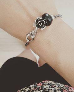 Trollbeads Bracelet. Black Onyx. June Rose.