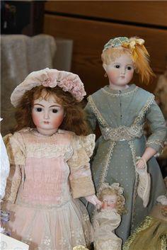 Антикварные куклы и репродукции на выставке кукол в немецком Neustadt / Выставка кукол - обзоры, репортажи, информация, фото / Бэйбики. Куклы фото. Одежда для кукол