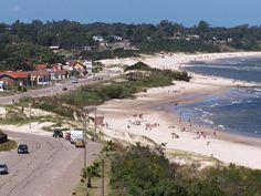 Uruguay | Balneario La Floresta - La Floresta es una ciudad uruguaya del departamento de Canelones, y es además sede del municipio homónimo.