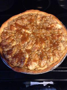 Fall apple pizza