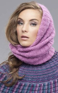 Php, Lisa, Knitting, Fashion, Scarves, Tejidos, Dressing Up, Moda, Tricot