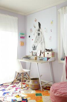 Girls desk - Hide & Sleep