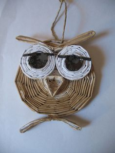 Résultats de recherche d'images pour « news paper art 3d Paper Projects, 3d Paper Crafts, Newspaper Crafts, Owl Crafts, Paper Jewelry, Paper Beads, Paper Owls, Paper Art, Rolled Magazine Art