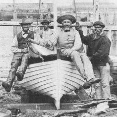 """Chantier Kerenfors à Roscoff   canot à clins""""La Concorde""""   construit en 1876"""