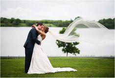 48 Must Have Wedding Photos Wedding Fotos, Barn Wedding Photos, Wedding Picture Poses, Funny Wedding Photos, Vintage Wedding Photos, Wedding Photoshoot, Wedding Pictures, Wedding Shot, Wedding Ceremony
