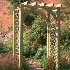 Горизонтальная арка, служащая входом в сад