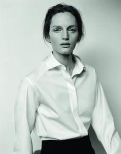 Hermès - Vestiaire d'hiver 2015. THE WHITE SHIRT in cotton poplin, tuxedo trousers in grain de poudre wool