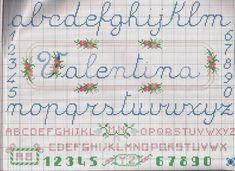 alphabet cursif cadre - toutes-les-grilles.com grilles gratuites point de croix crochet tricot amigurumi Alphabet Cursif, Cross Stitch Alphabet, Alphabet And Numbers, Cursive, Images Aléatoires, Le Point, Needlework, Bullet Journal, Symbols