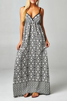 SEA GLASS Beachy Black & White Boho Maxi Dress