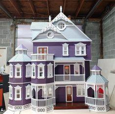 Victorian Dolls, Victorian Dollhouse, Modern Dollhouse, Victorian Gothic, Gothic Mansion, Modern Victorian Homes, Victorian Porch, Gothic Lolita, Wooden Dollhouse Kits