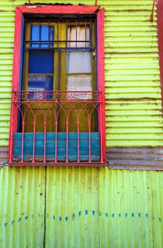 La Boca, Buenos Aires, Argentina Central America, South America, Caribbean Homes, Japanese Festival, Old Shutters, Art Lesson Plans, Outdoor Projects, Windows And Doors, Facade