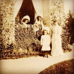 Olga Maria and Anastasia with their mother 1909 #russian #grandduchesses #olga #maria #and #anastasia #romanov #with #their #mother #the #empress #beautiful #girls #russianbeauty #gorgeous #picture #of #them #in #1909 #imperial #russia #history #russianroyalty by lovelyotma