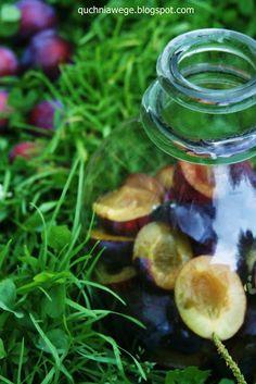 QuchniaWege: Nalewka ze śliwek Liqueurs, Irish Cream, Cordial, Lunch, Dinner, Vegetables, Cooking, Dining, Kitchen